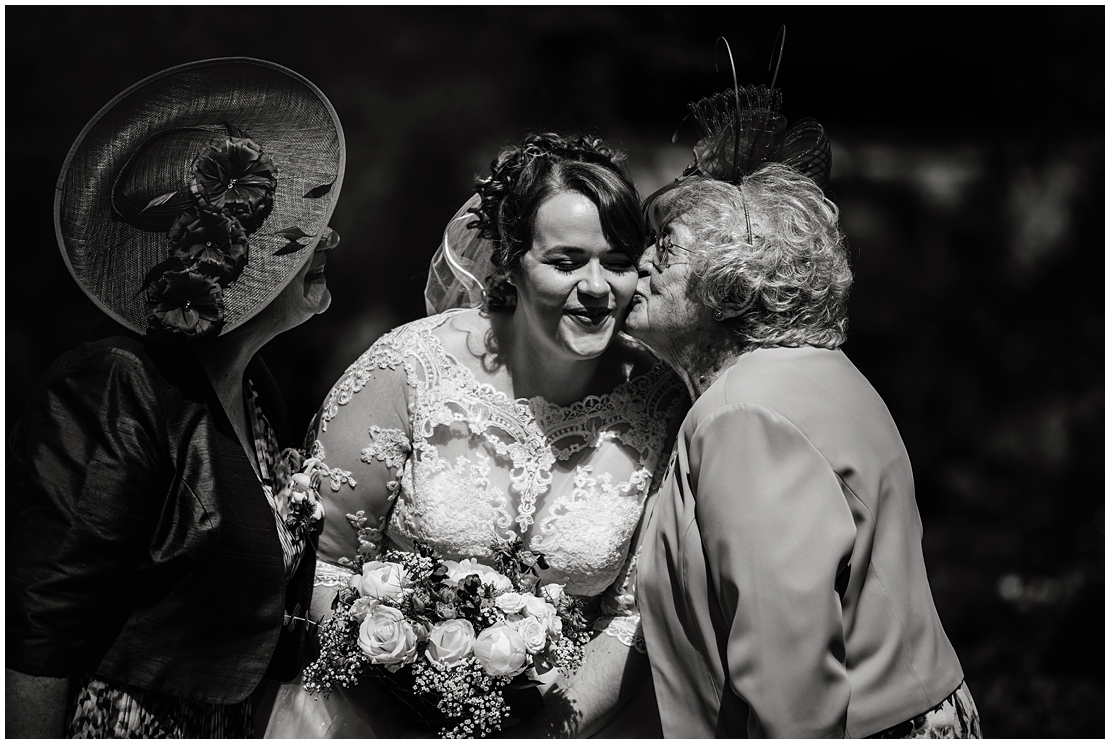 middleton lodge wedding photography emily joe 0072