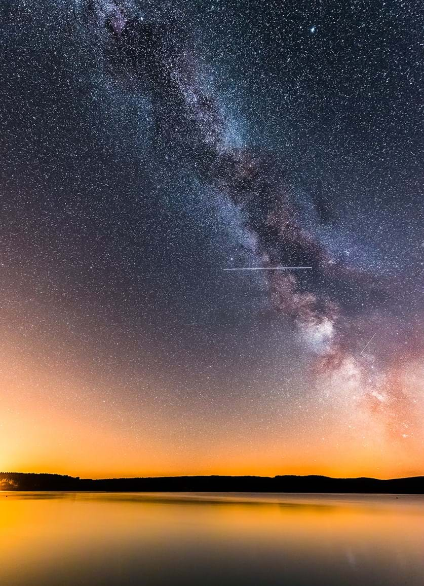Milky Way and the ISS over Kielder water